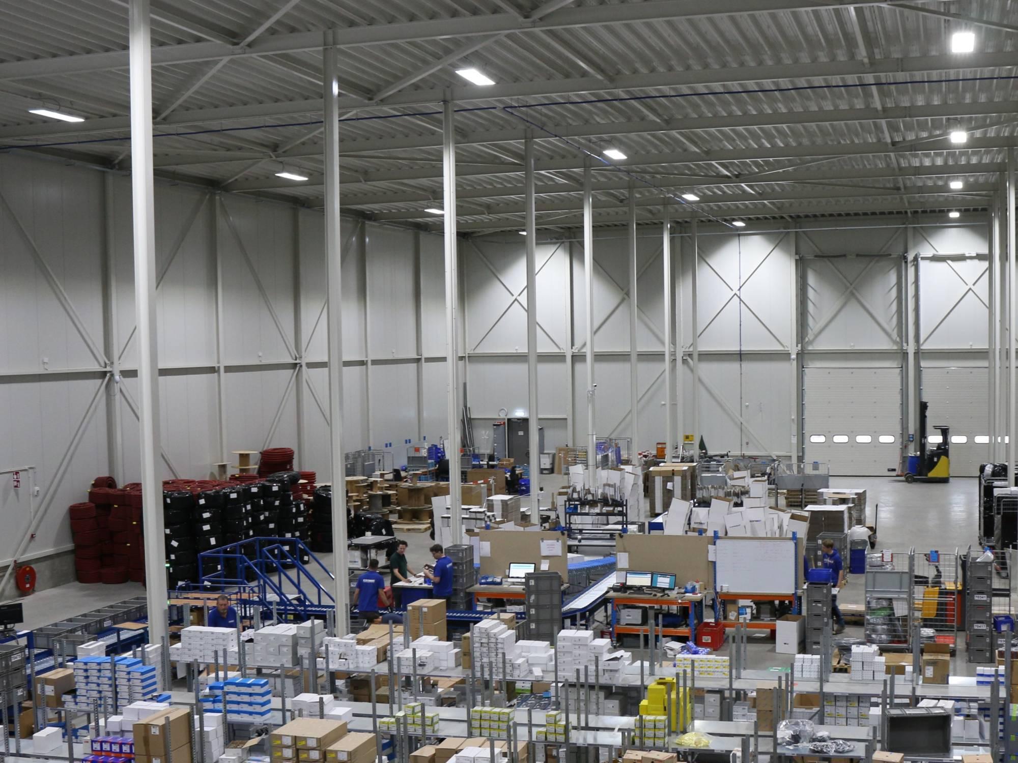 Nachhaltige LED-Beleuchtung Verpackungsindustrie
